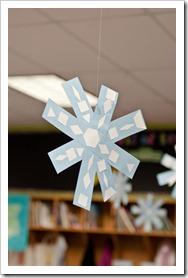 symmetrical snowflakes2