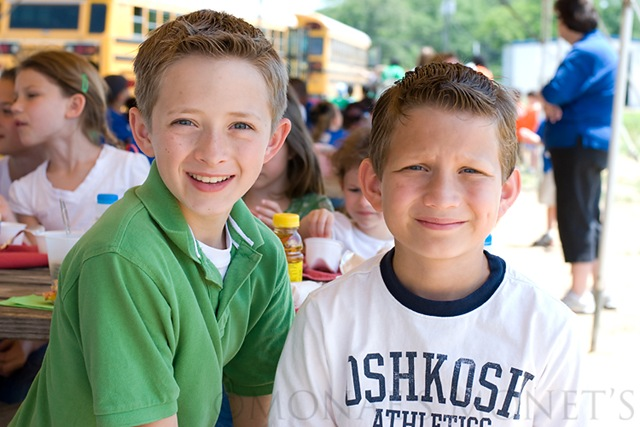 Austin and Ryan picnic blog