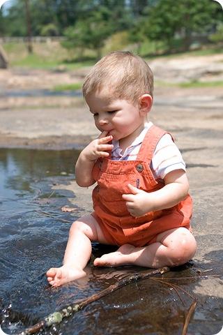 Scott eating leaves blog