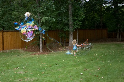 Erika running bubble 4 bog