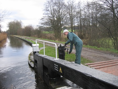 April 2010 Llangollen barge holiday 054
