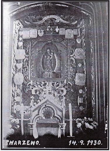 Ołtarz główny w kościele swarzewskim przed obrabowaniem go w roku 1936