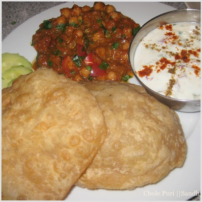sandhya-kitchen chole puri with raita