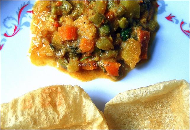 Mix veg. Kurma with poori!