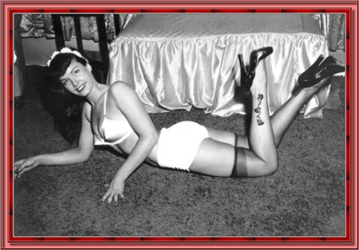 betty_page_(klaws)_062
