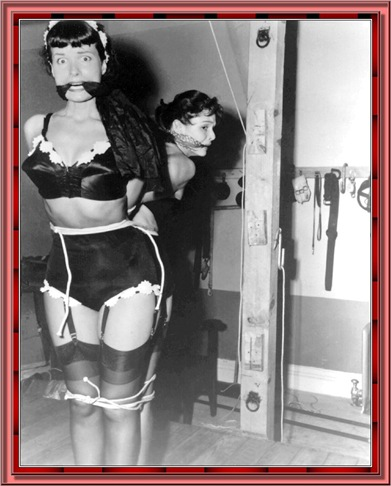 betty_page_(klaws)_158