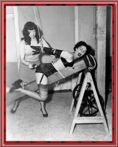 betty_page_(klaws)_164