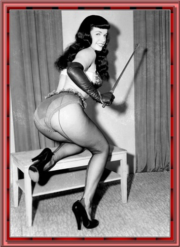 betty_page_(klaws)_122