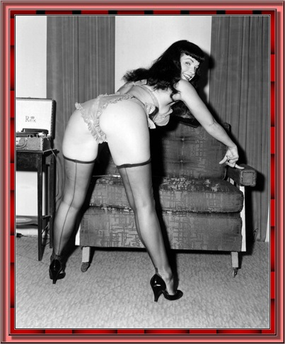 betty_page_(klaws)_019