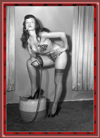 betty_page_(klaws)_027