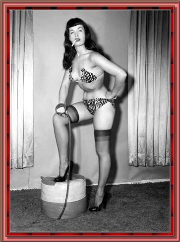 betty_page_(klaws)_028