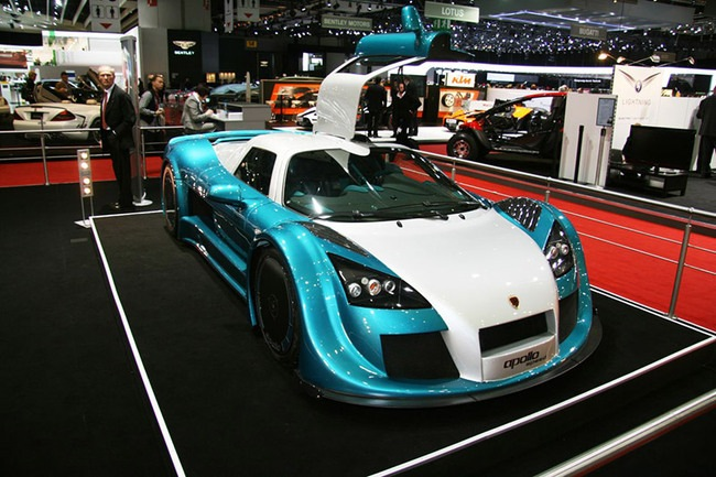 gumpert_apollo_speed_sized_4.jpg