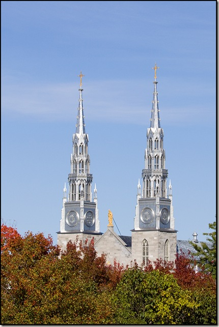 Cathedral Spires || Canon EOS 50D/EF 70-200mm f/2.8L @ 70mm | 1/2500s | f/5.0 | ISO200