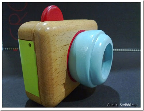 Camera kayu2