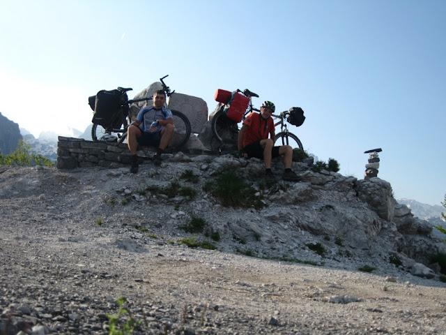 Pozdrav sa albanskih proklerija