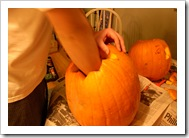 pumpkin carving 008