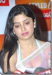 Poonam Kaur (19)