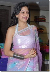 Poonam Kaur (26)