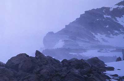 mueller-hut-wind.jpg