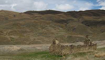 hut-remains-nevis.jpg