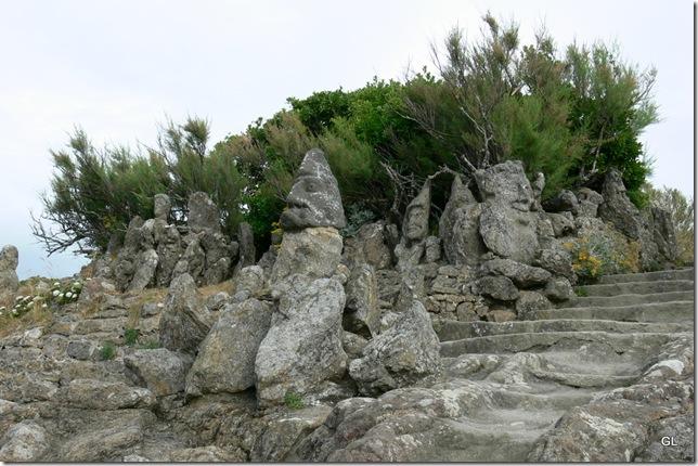 St Malo Rochers sculptés 022