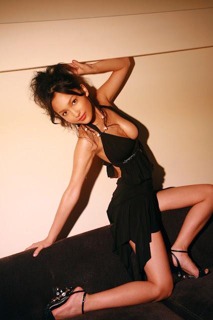 Reon Kadena sexy girls.jpg