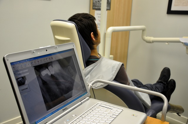 dentist 021