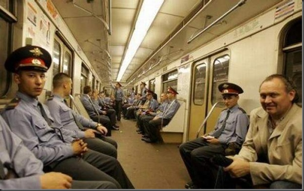 Dando uma volta de metro na Russia (1)