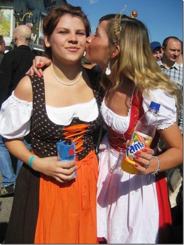 As garotas da Oktoberfest 2010 (43)