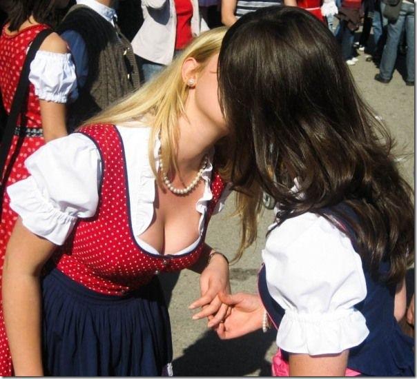 As garotas da Oktoberfest 2010 (1)