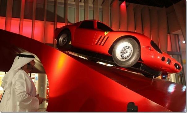 Ferrari World Abu Dhabi nos Emirados Árabes (12)