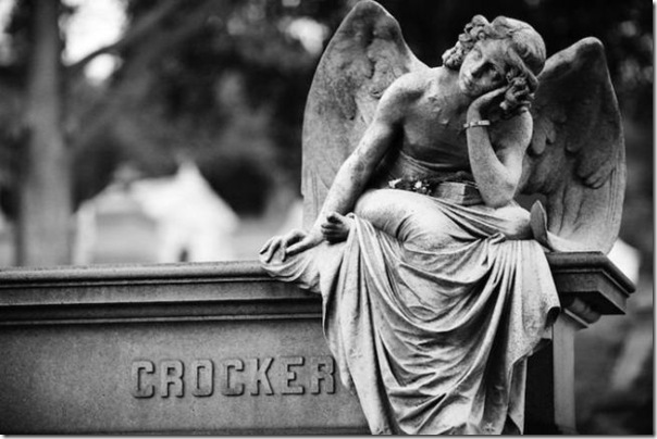 Esculturas no Cemitério (19)