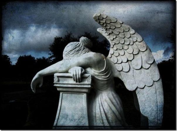 Esculturas no Cemitério (10)