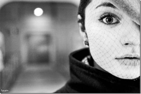 A beleza das garotas em fotos preto e branco (8)