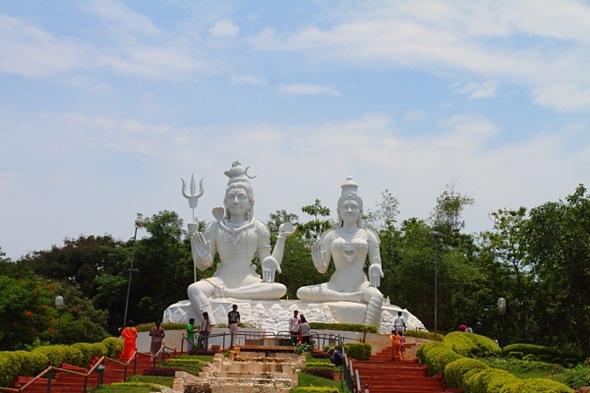 Shiva-Parvathi at Kailashgiri