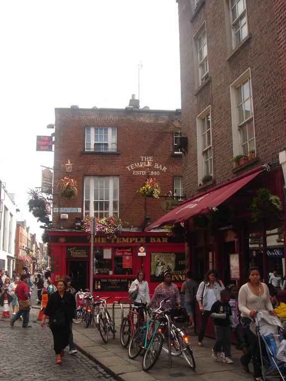 [Barrio del Temple Bar[3].jpg]