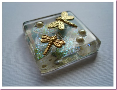Side view of glass tile pendant