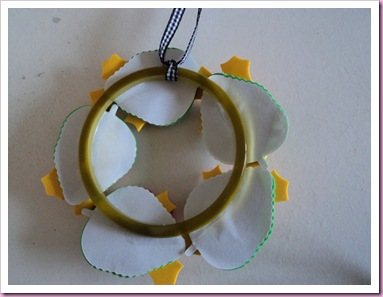 Hobbycraft Foam Leaves Wreath 3