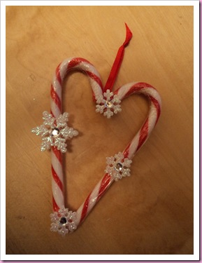 Candy cane heart Tree decoration 1