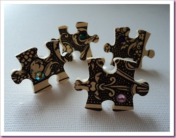Jigsaw Bulletin Notice Board pins