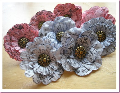 Stamped paper flower push pins