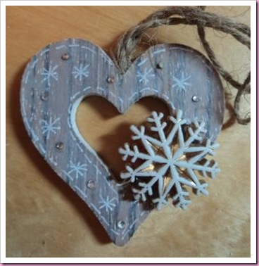 Decorated wooden heart tag