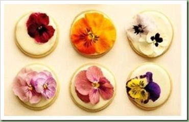 mwd105619_sum10_flowercookie_xl