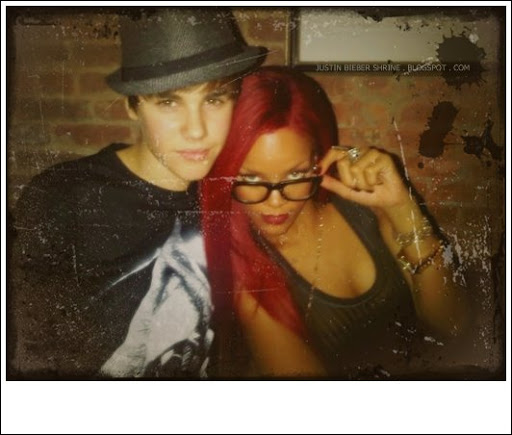 Justin Bieber shows Rihanna his six-pack abs at dinner