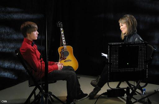Justin Bieber Gives Back on CNN