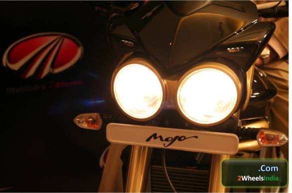 Mahindra Mojo Headlamps
