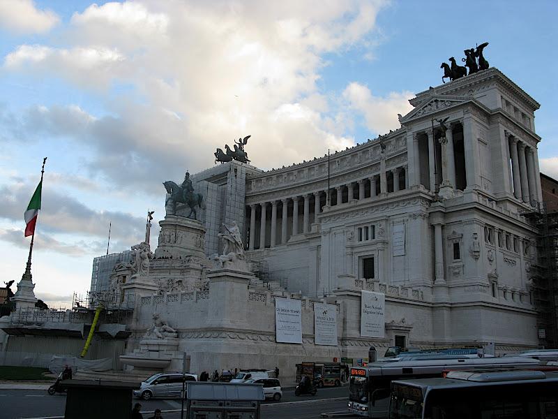 Monument a Vittorio Emmanuelle II
