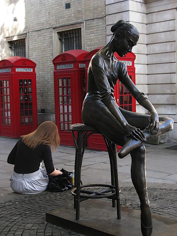 London Opera Girl