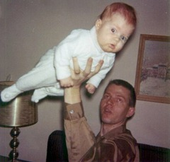 Daddy Clayn & baby Julie the airplane, 1962