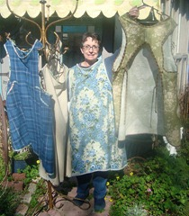 Barb with aprons 2